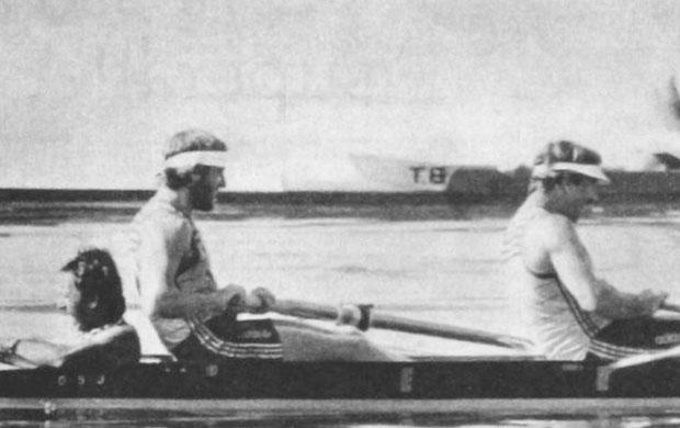 Barco Dois Com Timoneiro nos Jogos Olímpicos de 1984 formado pelos atletas com Walter Hime, Angelo Roso e o timoneiro Nilton Silva Alonço