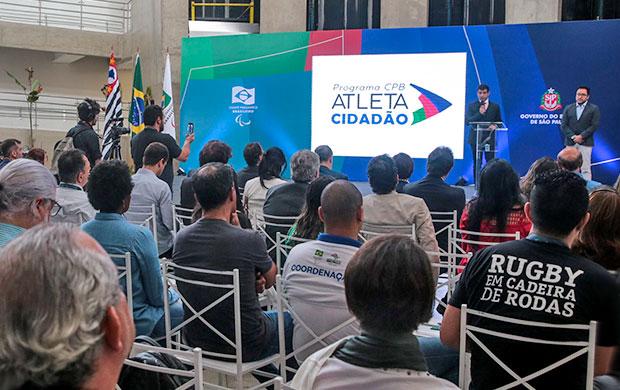 Apresentação do Programa Atleta Cidadão no Centro de Treinamento Paralímpico em São Paulo