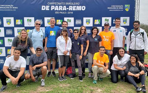 Participantes do workshop na Raia da USP durante o Brasileiro de Para-Remo 2018